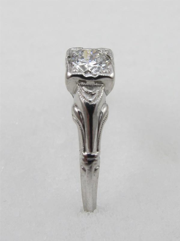1930's Platnium Ring with 0.36ct Diamond