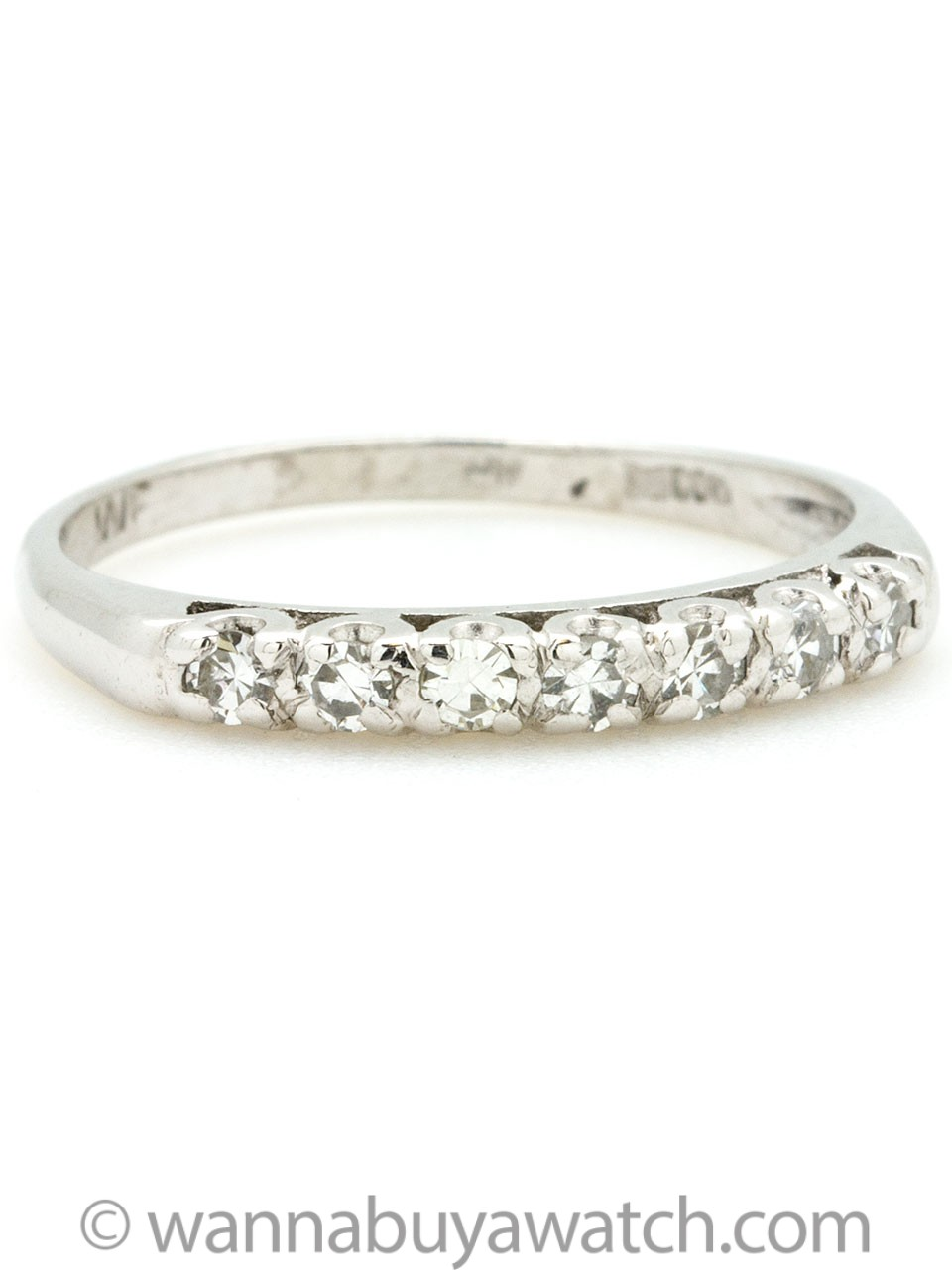 1950s White Gold and Round Brilliant Cut Diamond Ring