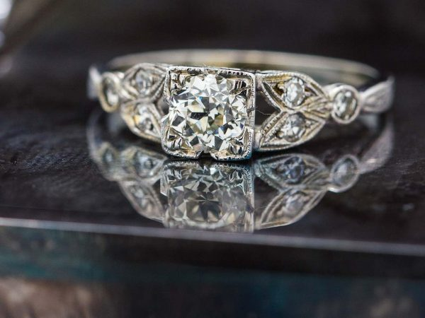 Vintage Engagement Ring 18K WG 0.48ct Old European Cut I-SI2 circa 1930s
