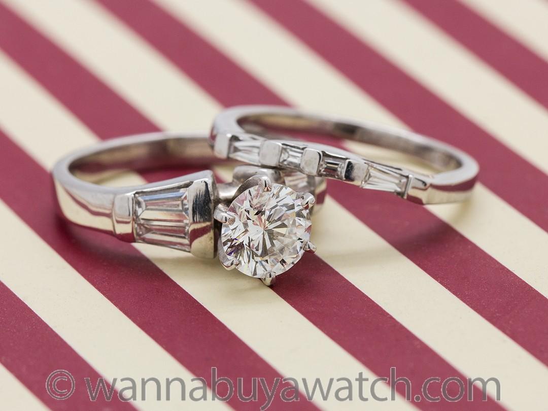 Modern Engagement Ring Platinum 1.03ct Round Brilliant F-VVS2