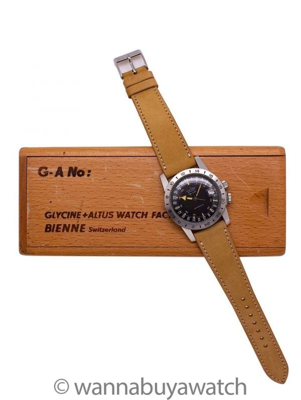 Glycine Airman Automatic circa 1965 Minty w/ Wood Box