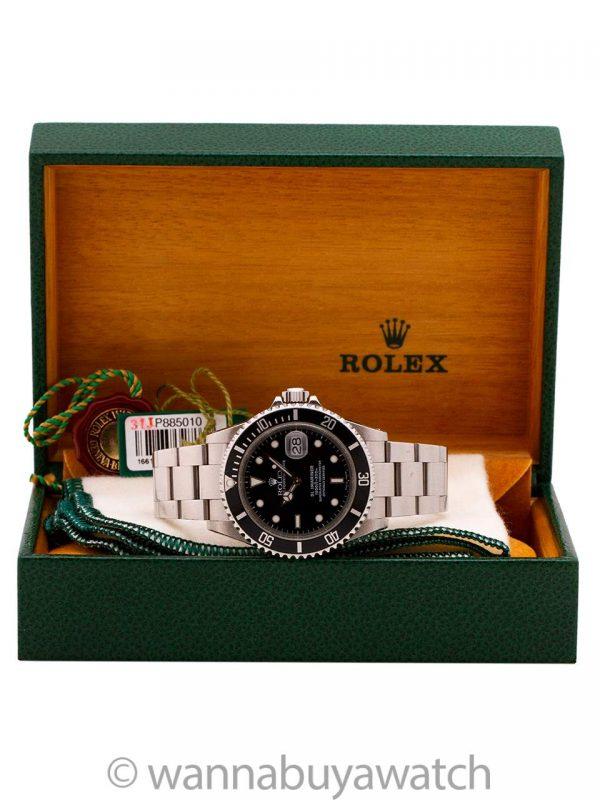 Rolex Submariner ref# 16610 circa 2001 Box & Papers