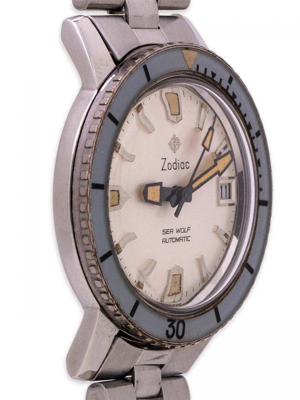 Zodiac Seawolf 722-946B Bakelite circa 1960's